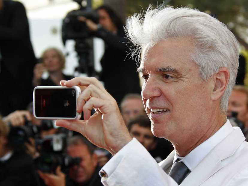 former-talking-heads-frontman-david-byrne-calls-for-the-end-of-the-internet-as-we-know-it