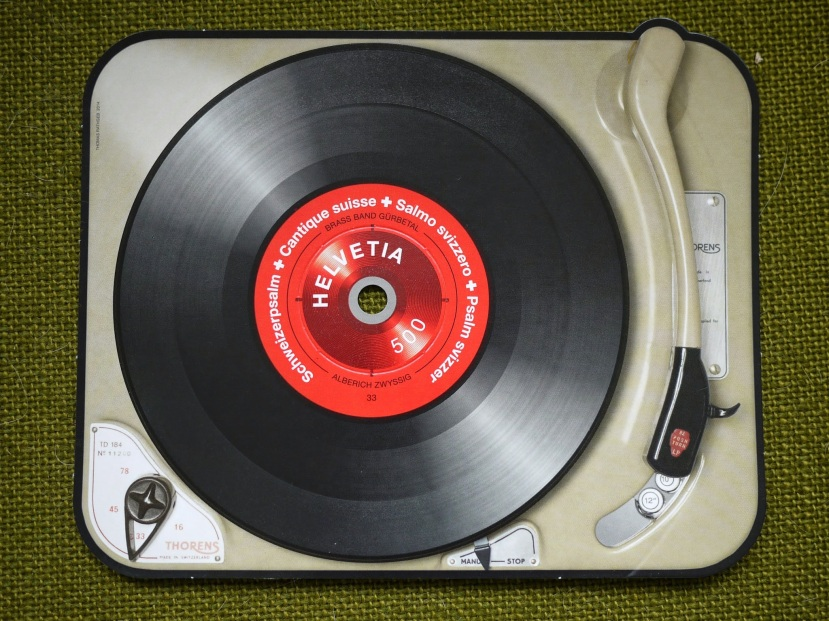 Swiss-Record-Player-Stamp-01